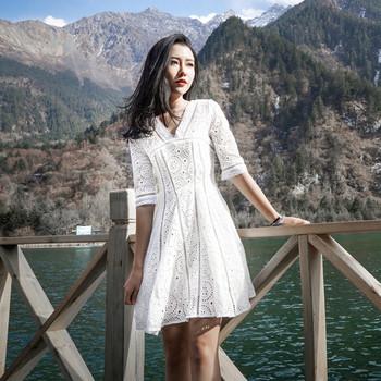 海边度假沙滩裙V领气质优雅短裙