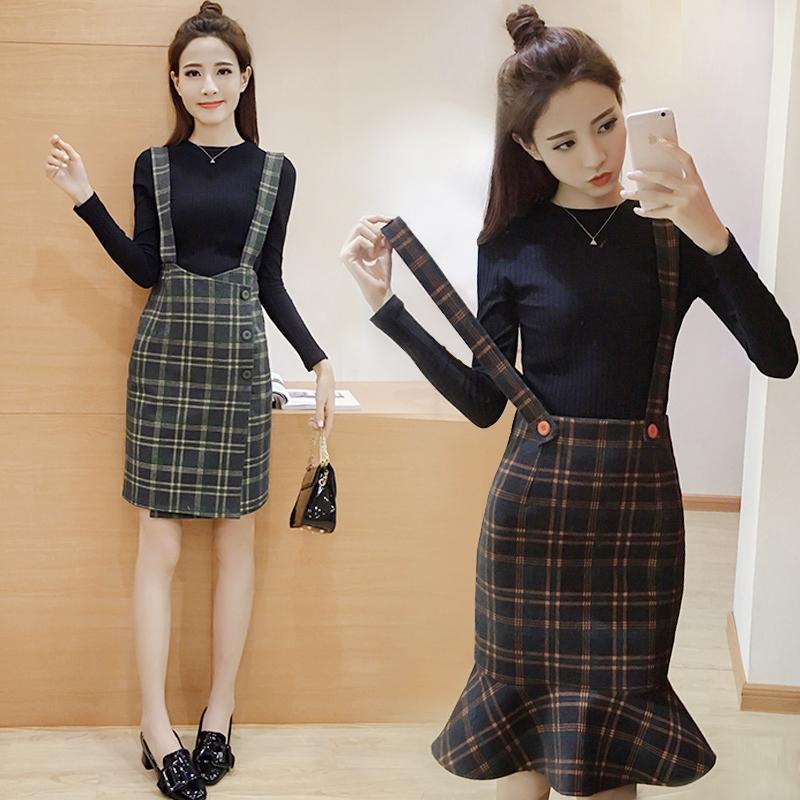 毛呢鱼尾裙套装秋冬女2017新款韩版时尚毛衣上衣格子背带裙两件套图片