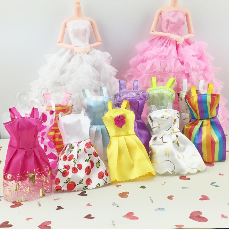 芭比娃娃衣服儿童女孩换装魔术贴短裙小裙子特价一元随机发