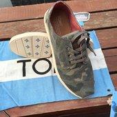 系带低帮超轻男鞋 休闲鞋 TOMS帆布鞋 代购