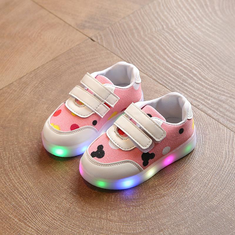 亮燈童鞋LED防滑女童發光男孩七彩兒童韓版板鞋春秋