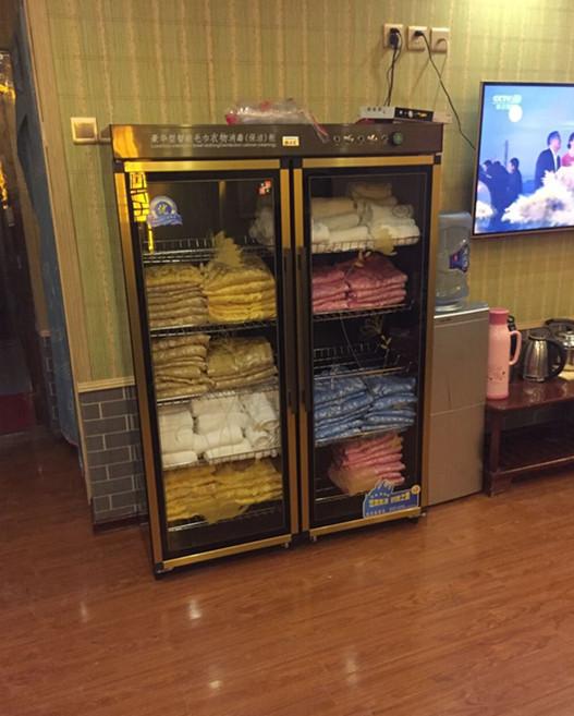 大型立式双开门美容院商用紫外线毛巾消毒柜衣物汗蒸服拖鞋消毒柜