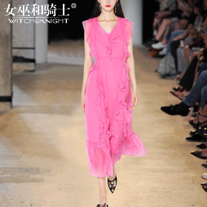 女巫2017夏装新款时尚气质名媛修身v领无袖粉色高腰连衣裙长裙女
