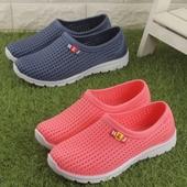 男女情侣防滑软底一体塑料防水凉拖鞋 洞洞鞋 包邮 沙滩鞋 夏季网凉鞋