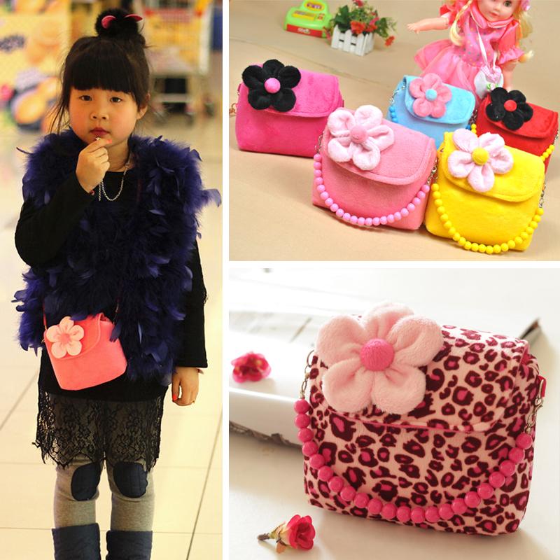 女宝宝包包1-3岁可爱婴幼儿童手提包小孩可爱挎包迷你公主时尚包