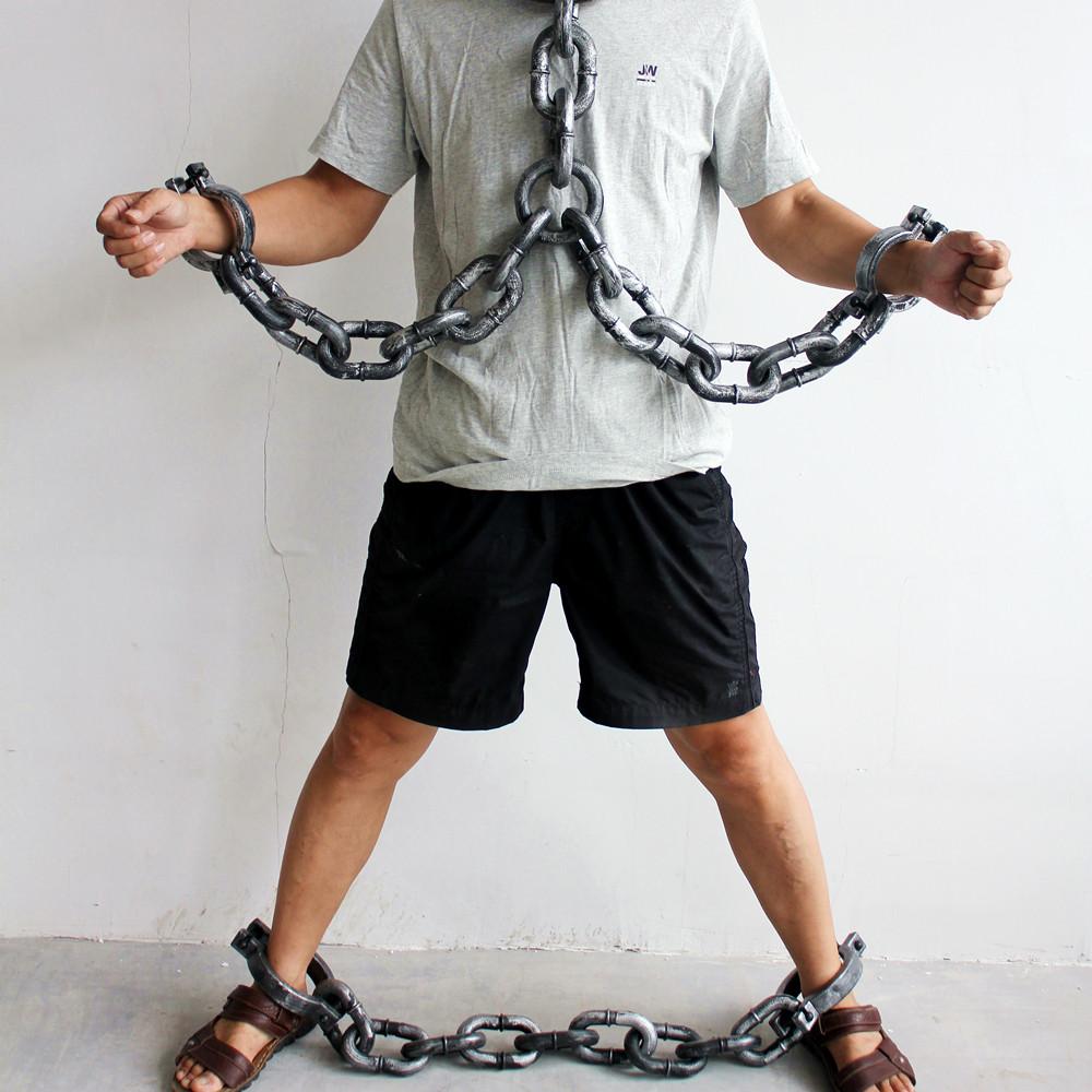 链]起来尤娜铁链吊羞辱v铁链镣铐裸体美女跑步图图美女锁铁链折图片