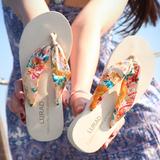 路拉迪波西米亚女士人字拖夏季厚底防滑夹拖坡跟凉拖鞋中跟沙滩鞋