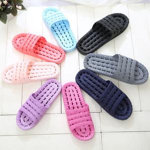 浴室拖鞋防滑洗澡漏水居家室内木地板男女塑料家居情侣凉拖鞋夏季
