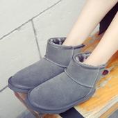 真皮雪地靴女短筒加厚保暖大码短靴平底中筒学生面包鞋男女式棉鞋