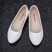 甜美淑女鞋 小白鞋 工作瓢鞋 圆头糖果色平底跟漆皮女鞋 韩版 秋季单鞋