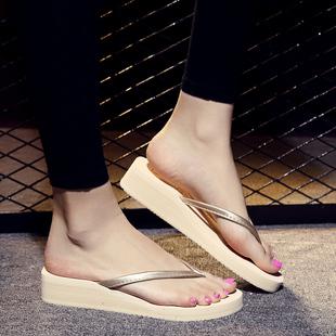 包邮坡跟人字拖鞋女士夏季沙滩防滑厚底夹脚拖时尚2017凉拖韩版潮