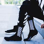 袜男潮欧美街头枫叶袜男女中筒袜高筒原宿运动长袜潮牌滑板袜子