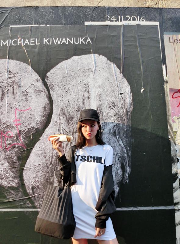 「iWiNG定制16SS秋季内搭潮流女 欧美街拍态度黑白字母长款T恤B02
