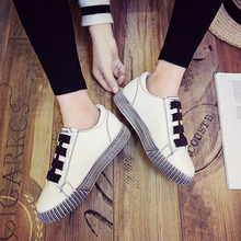 板鞋女学生韩版平底2017春季新款百搭小白鞋冬魔术贴鞋子运动女鞋